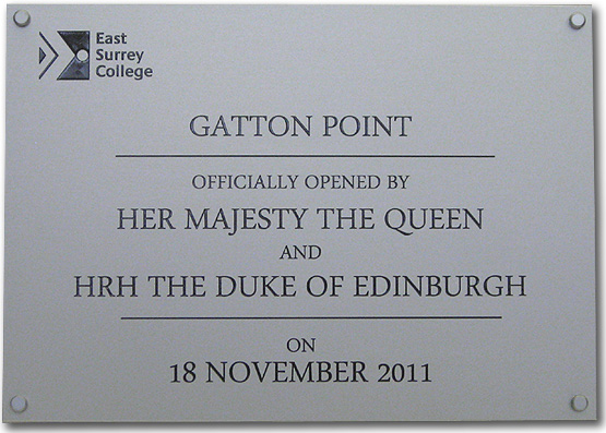 An example of an engraved commemorative plaque