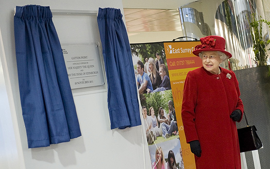 Able Engraving Plaque Unveiled by Her Majesty the Queen